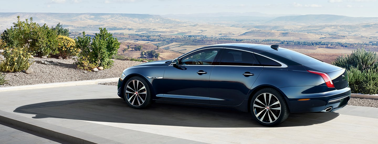Side view of the 2019 Jaguar XJ parked