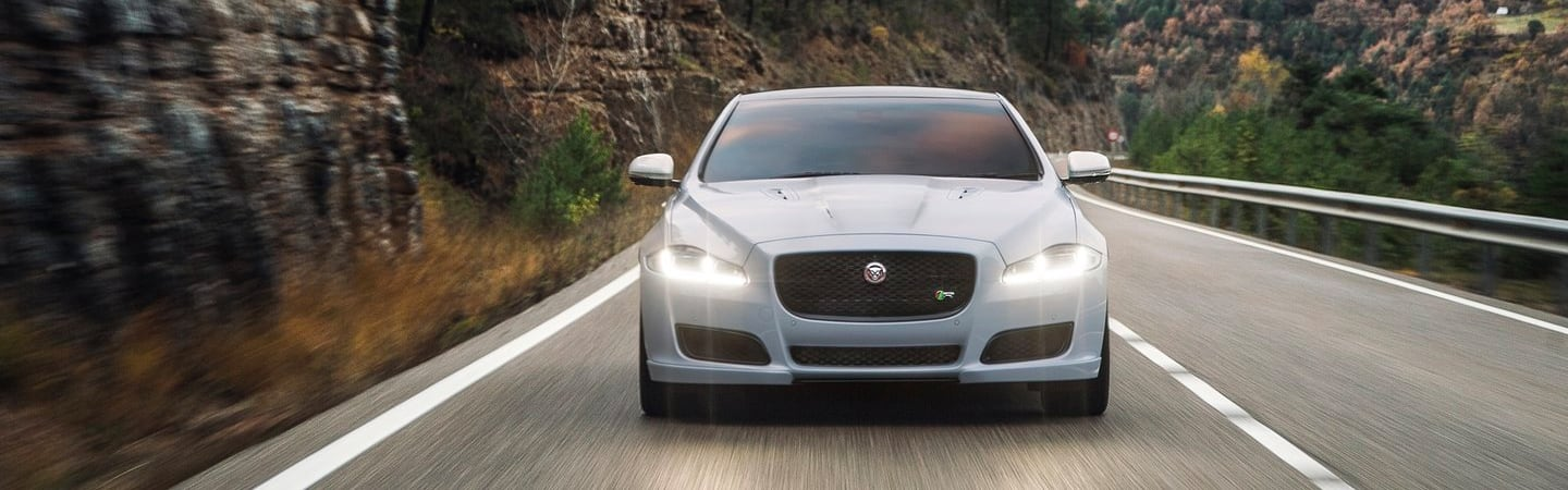 Front view of the headlights of the 2019 Jaguar XJ