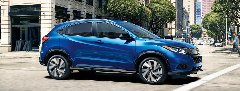 2020 Honda HR-V driving in the city