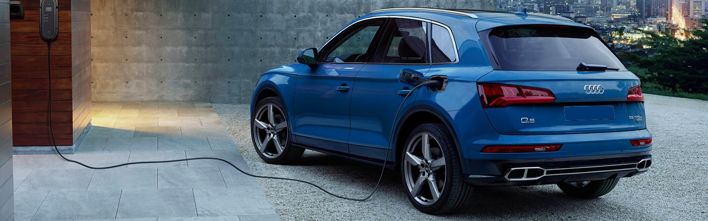 Rear driver's side exterior of blue Q5