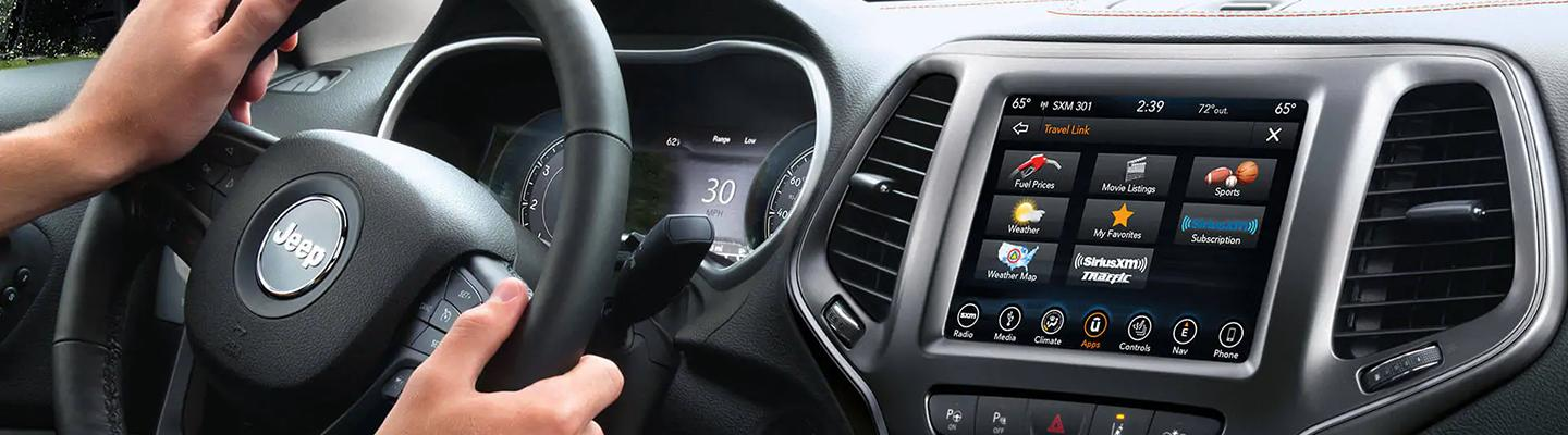 2021 Jeep Cherokee interior technology features