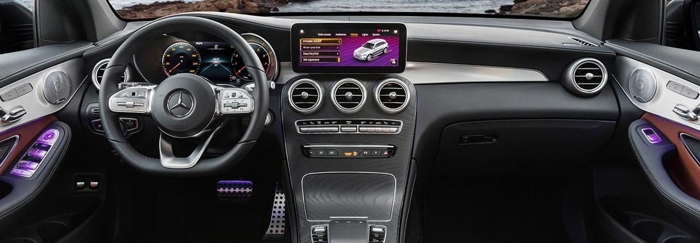 Interior infotainment and steering wheel of the 2020 GLC