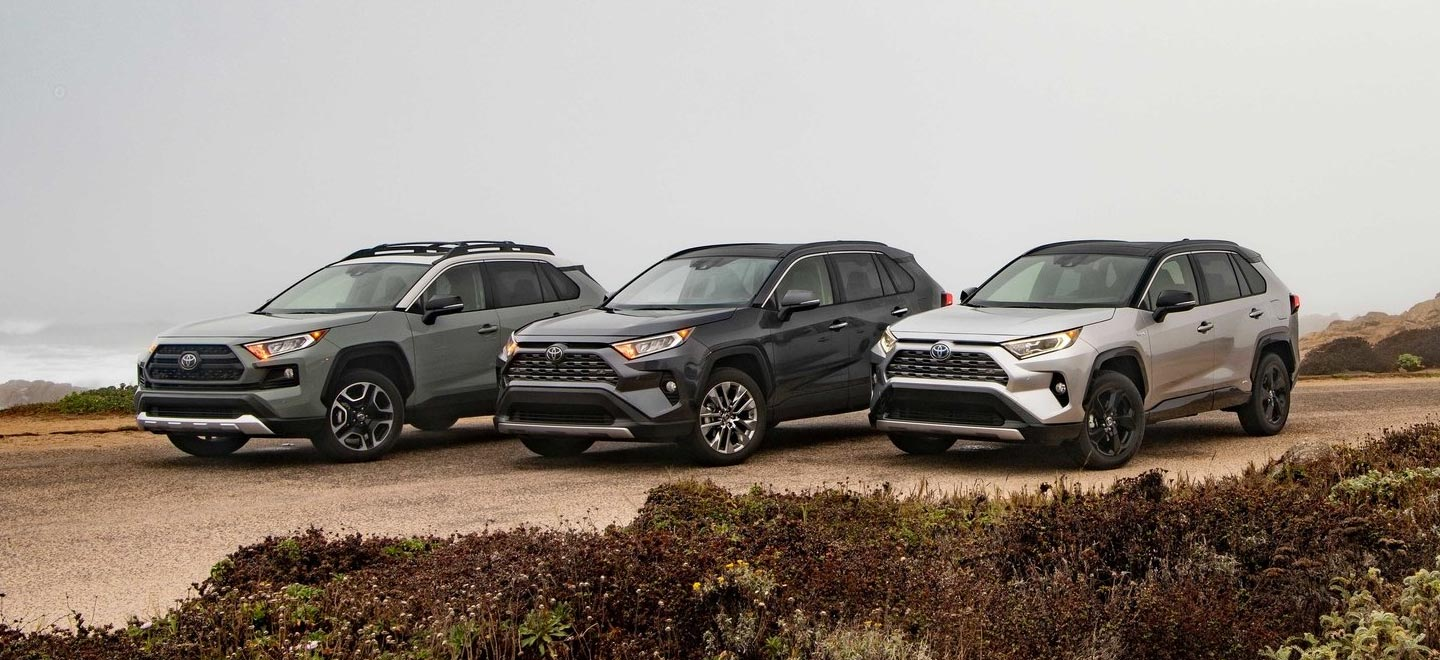 Compare the 2019 Toyota RAV4 to the 2019 Honda CR-V at our Toyota Dealership in Atlanta, GA.