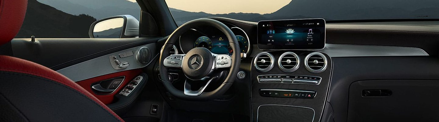 Tech and steering wheel in the 2020 GLC