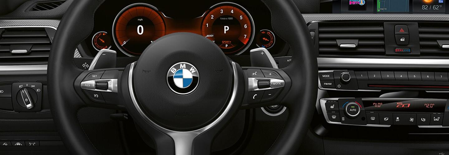 Interior of the 2020 BMW 4 Series