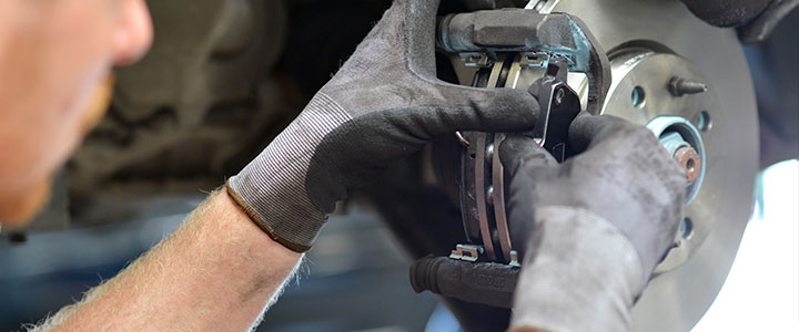 Land Rover Brake Service at your local Land Rover Dealer near Tampa, FL