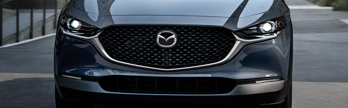 Front view of the 2021CX-5 front grill