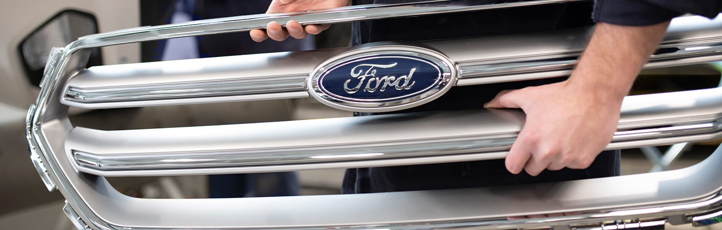 Ford front vehicle grill