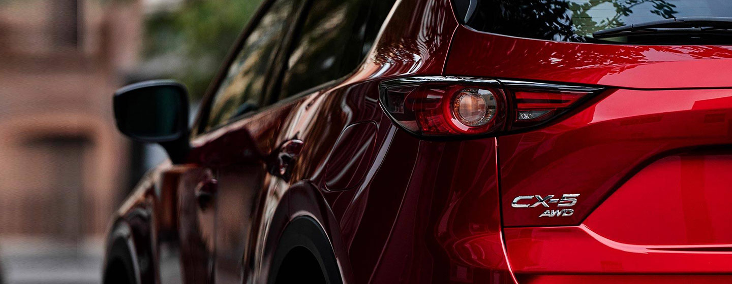 2019 Mazda CX-5 rear view driver side tail light.