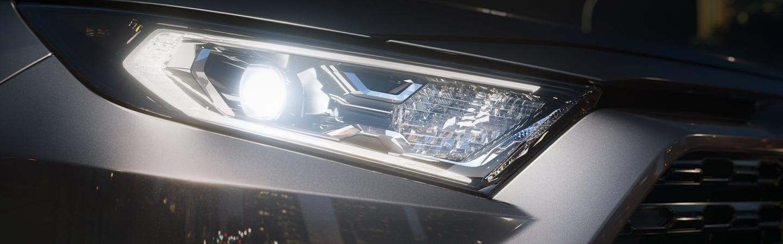 2020 Toyota RAV4 headlight