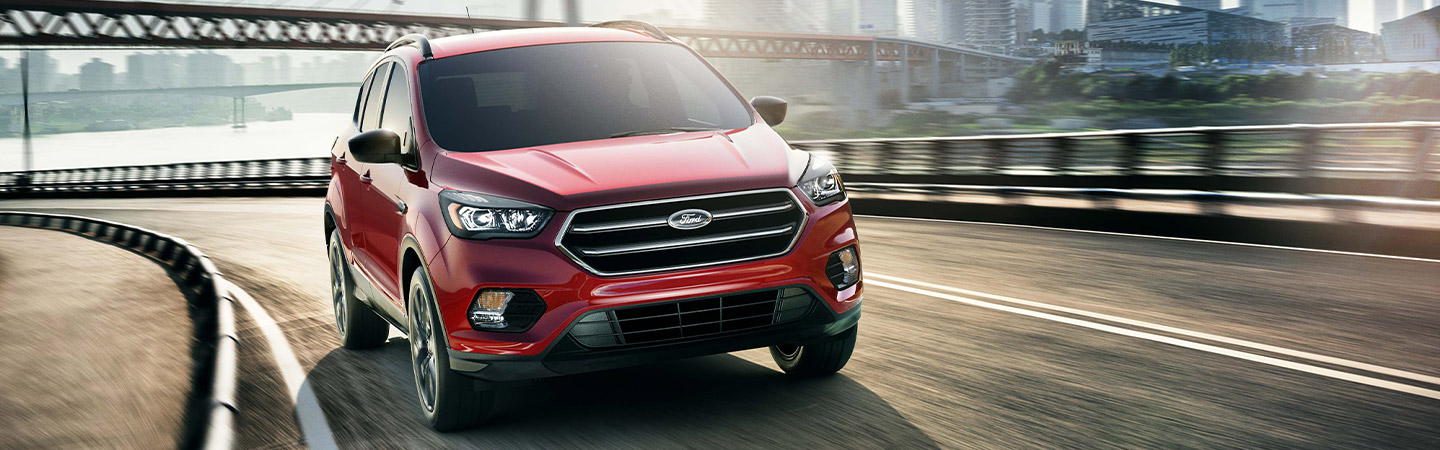 2019 Ford Escape driving in Kalamazoo, MI