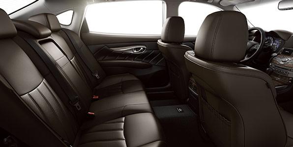 INFINITI Q70L Comfort
