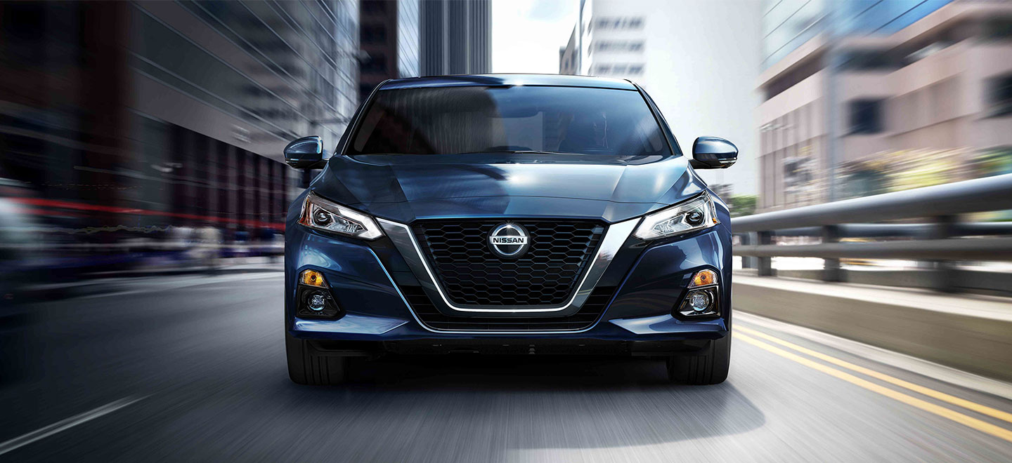 Explore the 2019 Nissan Altima at our Oklahoma City car dealership, Bob Moore Nissan.