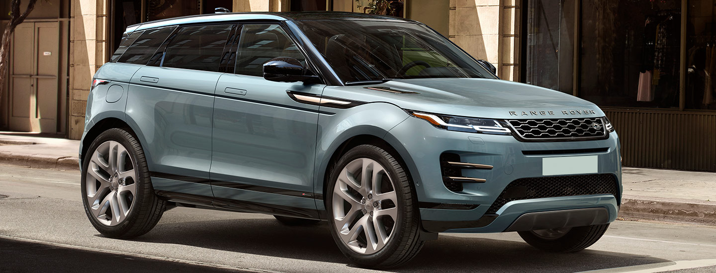 2020 Range Rover Evoque at a stop light