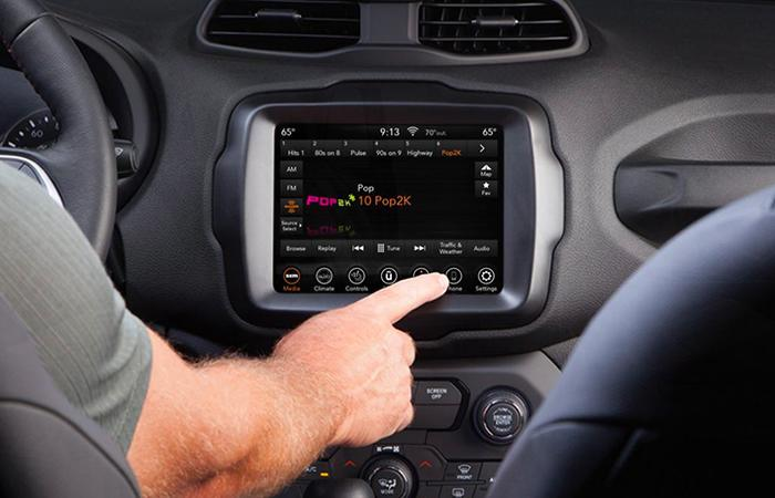 Infotainment system of the 2020 Renegade