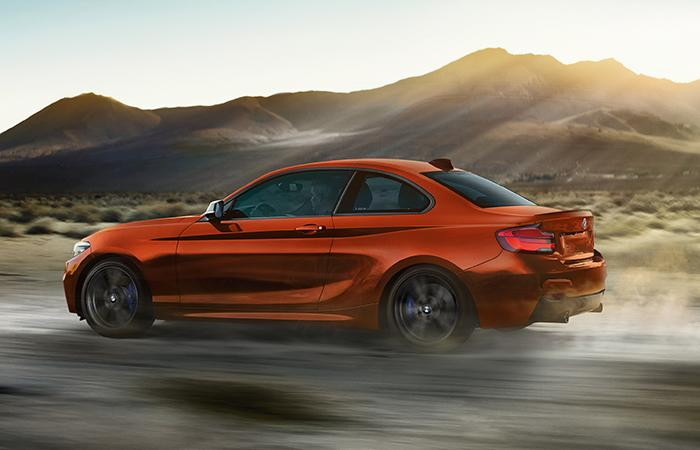 Side profile of the 2020 BMW 2 Series