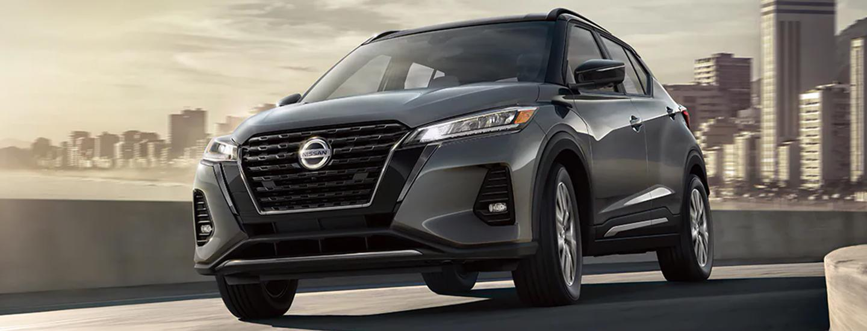 2021 Nissan gray Kicks in motion