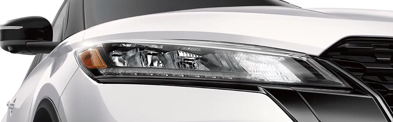 2021 Kicks close up of headlight
