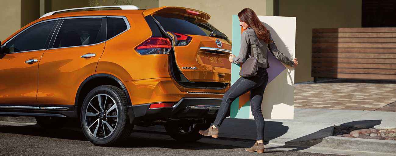 Technology features of the 2019 Nissan Rogue available at our car dealership in Flagstaff, AZ.