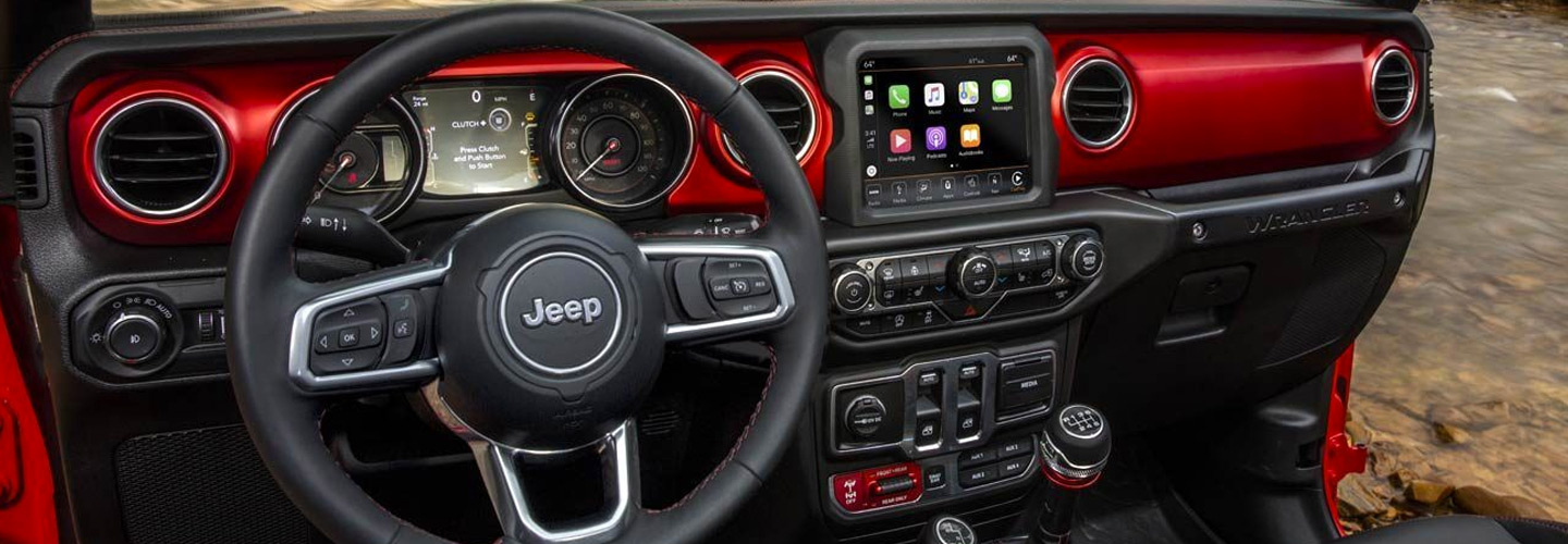 Interior and infotainment in the Jeep Wrangler