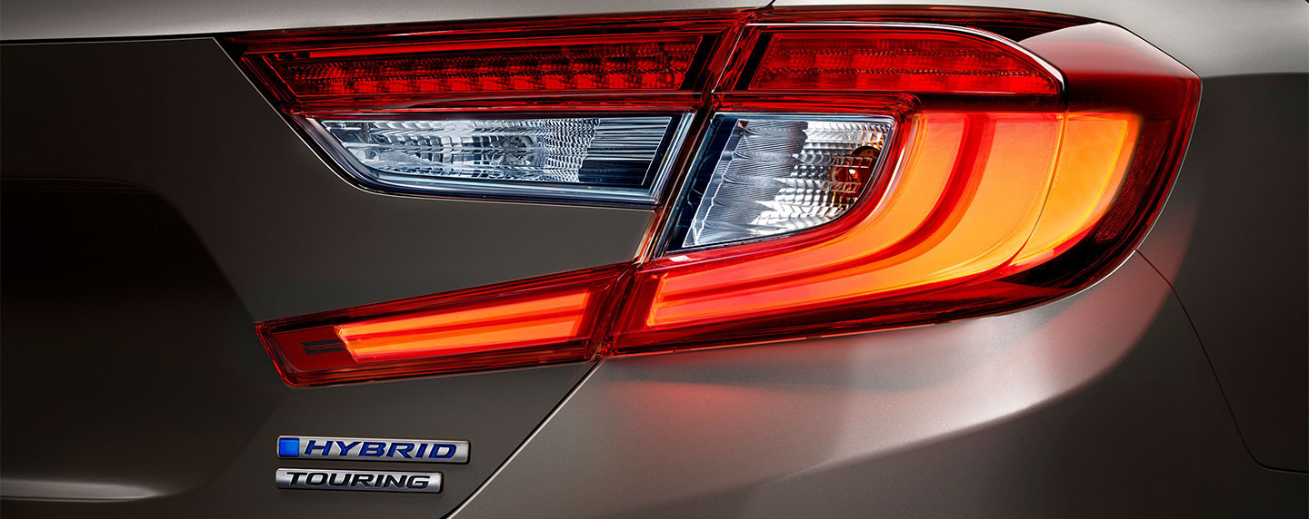 Right side tail light of the 2018 Honda Accord