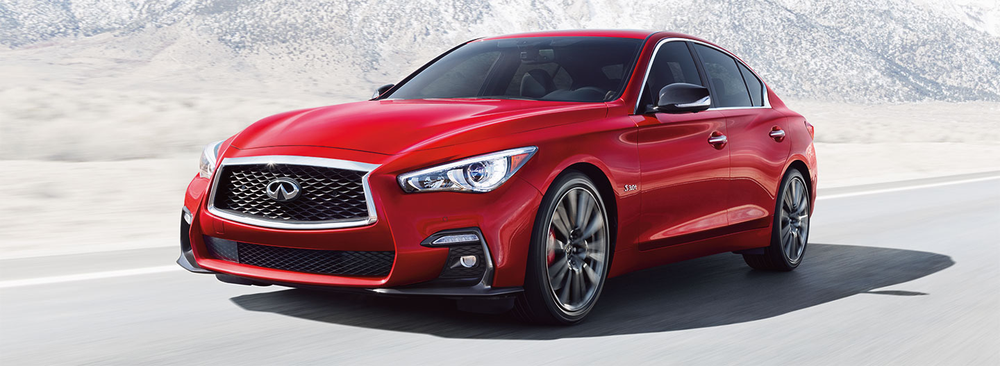 Front left side of the 2018 INFINITI Q50 driving