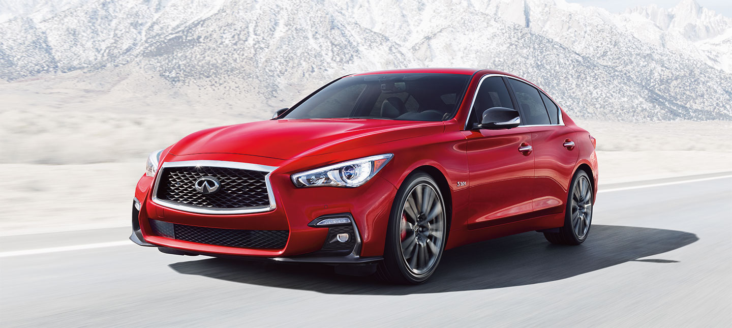 2018 INFINITI Q50 Exterior – Driving on the road