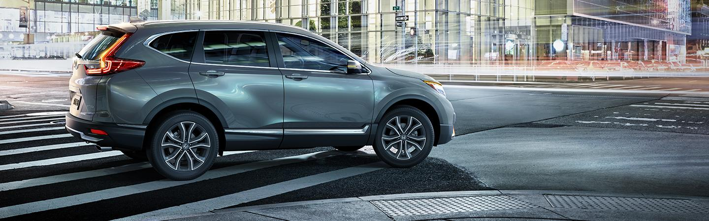 Side view of 2020 Honda CR-V in the city