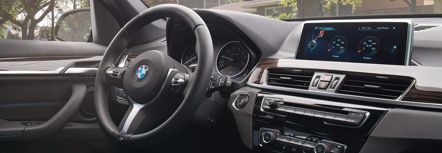 Interior and technology features of the 2019 BMW X1 available at Hilton Head BMW
