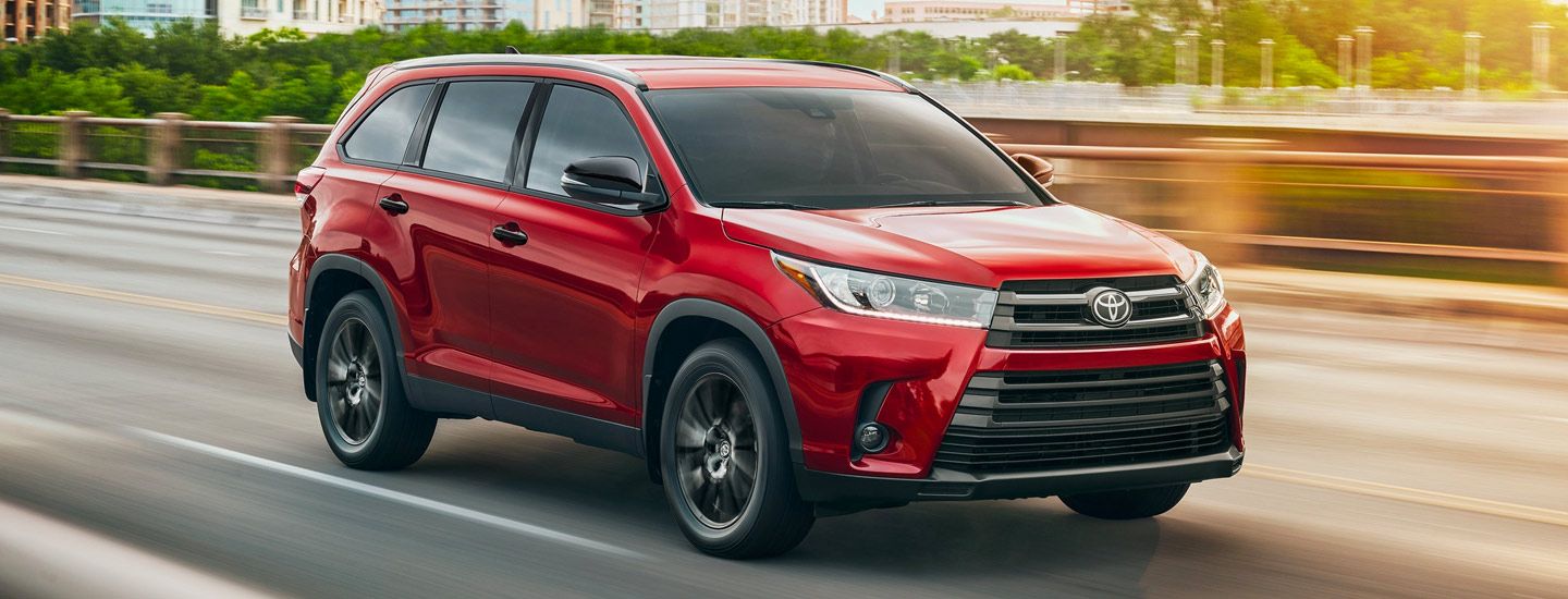 Compare the 2019 Toyota Highlander to the 2019 Honda Pilot at Toyota of Rock Hill.