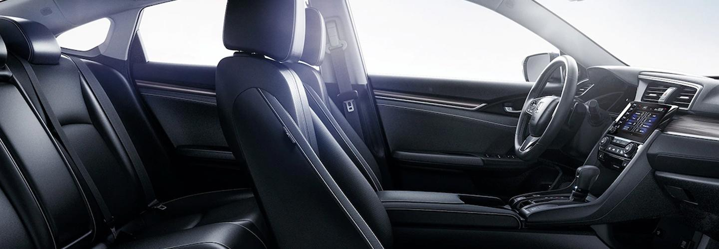 Side profile of the available seats inside the 2020 Honda Civic
