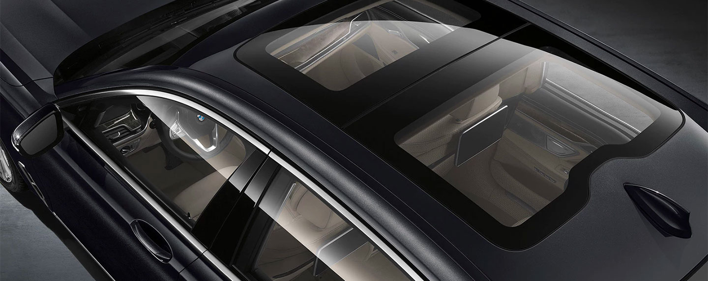 Sunroof of the BMW 7 series