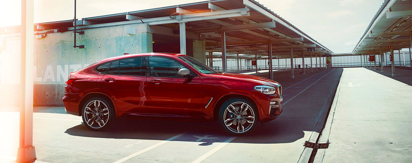 Right side of the BMW X4