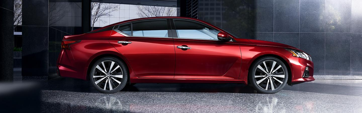 Side view of the 2020 Nissan Altima at Wesley Chapel Nissan