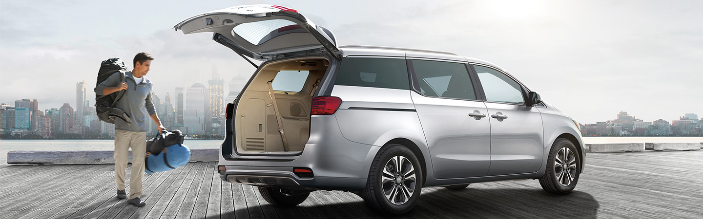 2019 Kia Sedona trunk access opened at Oklahoma City, OK