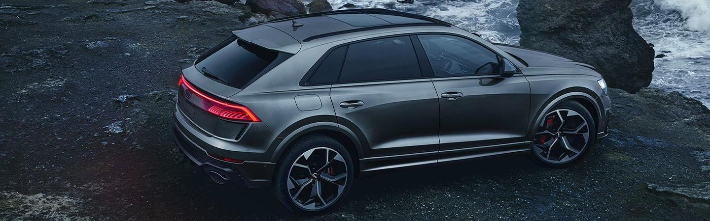 Rear view of the 2021 RS Q8