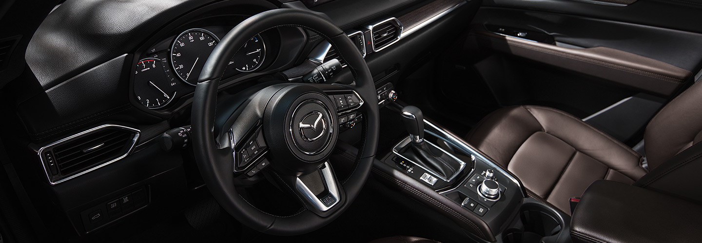 Steering wheel and interior console of the 2019 Mazda CX-5