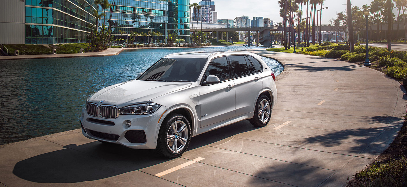 The 2018 BMW X5 is available at your local BMW Dealer near Fort Lauderdale