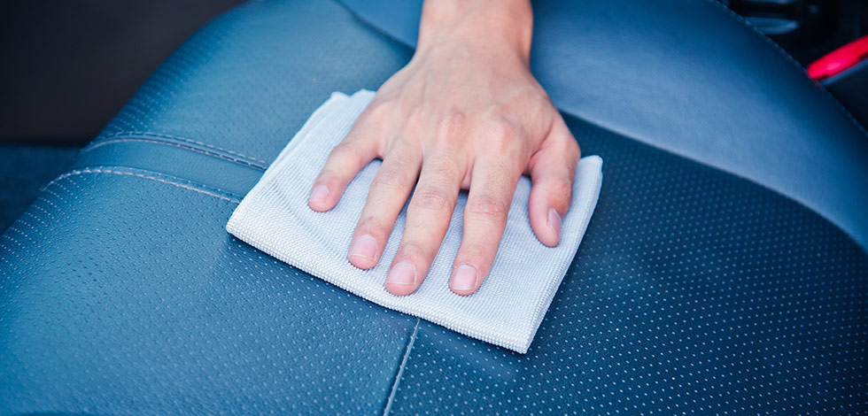 How To Clean Leather Car Seats Crown Nissan Dealership