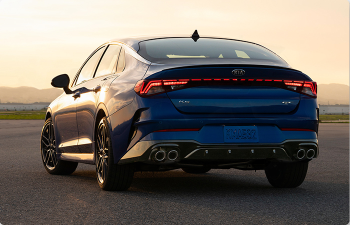 Rear view of the 2021 K5