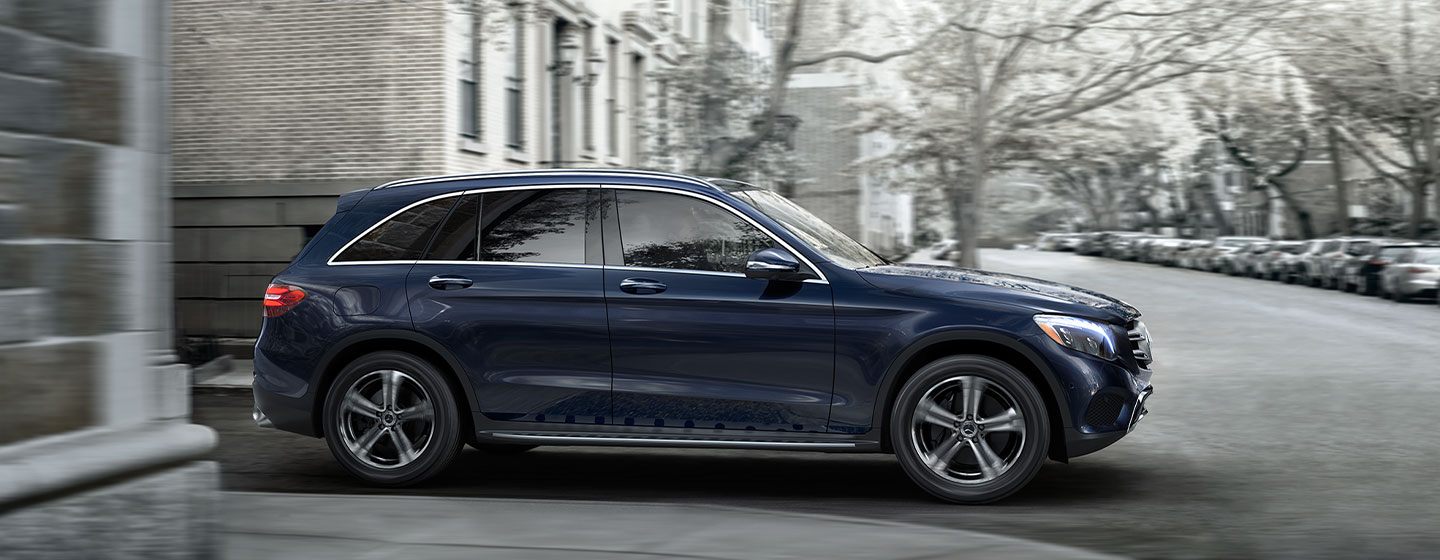 Mercedes-Benz GLC 300 side view