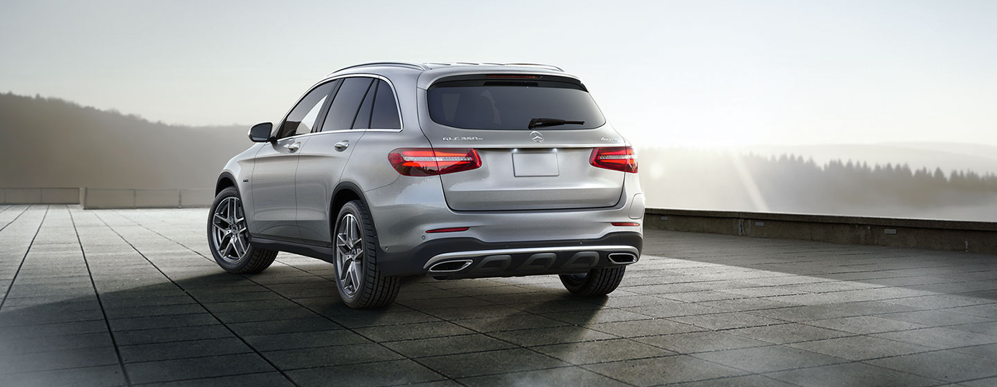 Mercedes-Benz GLC 300 rear view