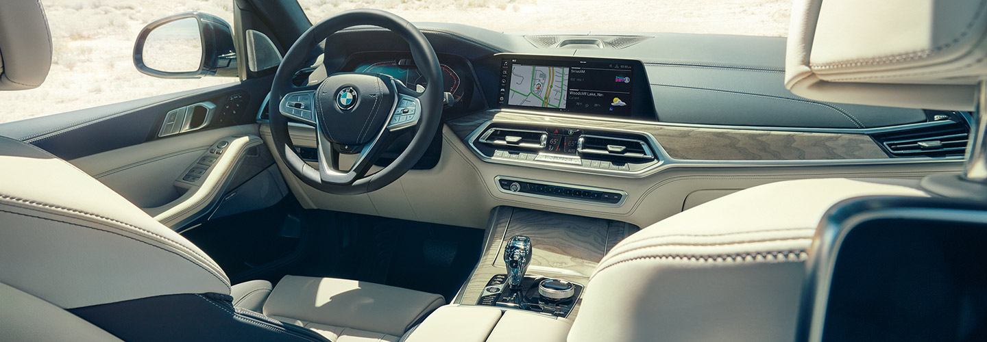 Interior and technology features of the 2019 BMW X7 available at BMW of Columbia
