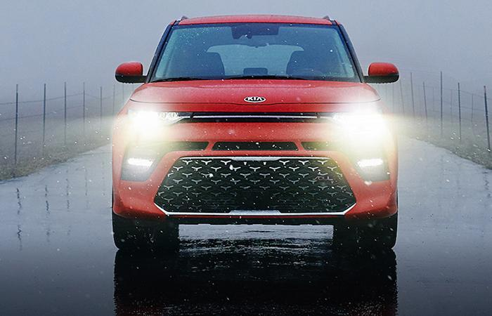 Front view of the 2021 Kia Soul