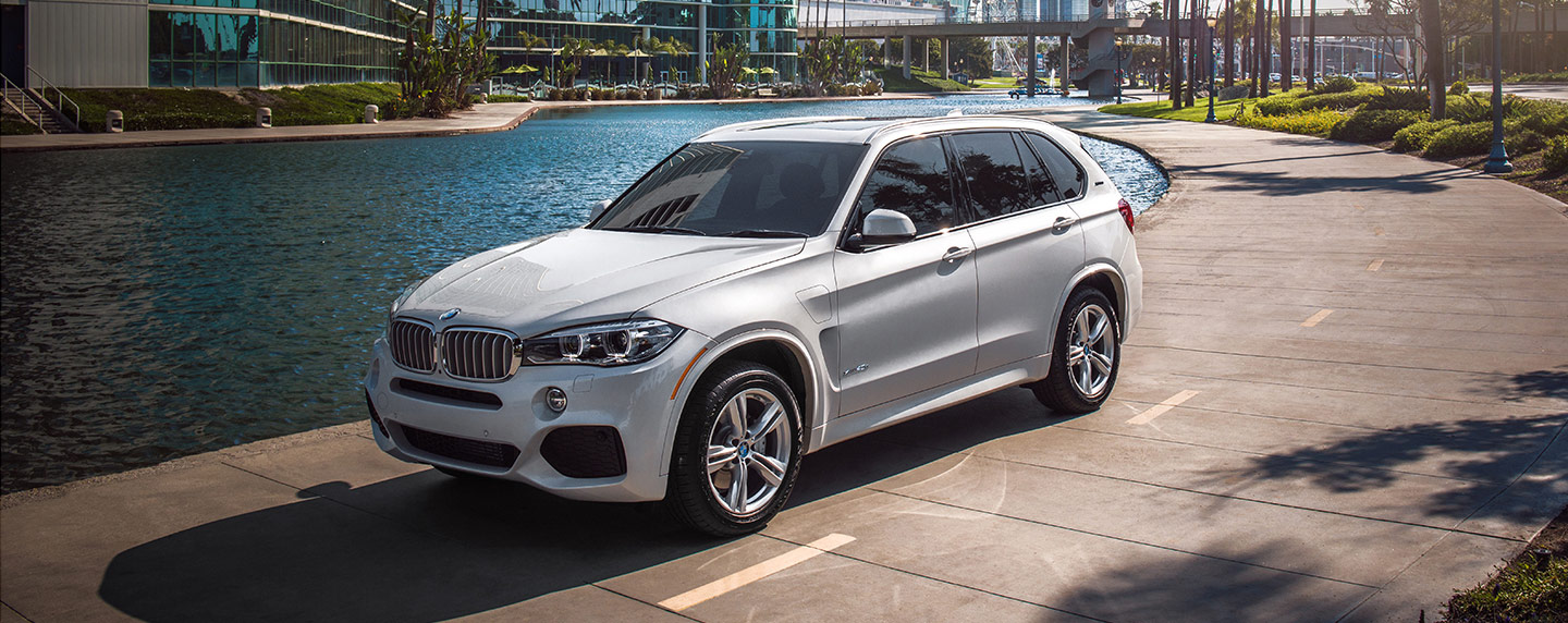 Front left of the 2018 BMW X5