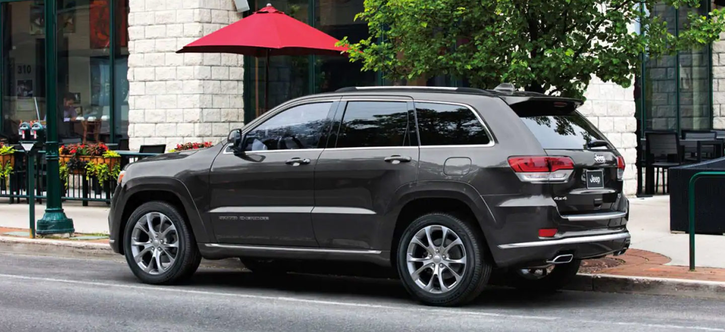 Jeep Dealers Cleveland >> Explore The 2019 Jeep Grand Cherokee Crown Cdjr Of Cleveland