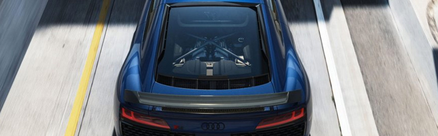 Top view of the engine compartment of the Audi R8