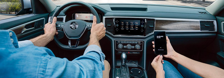 Drivers side perspective of the 2019 Volkswagen Atlas in Gainesville, FL