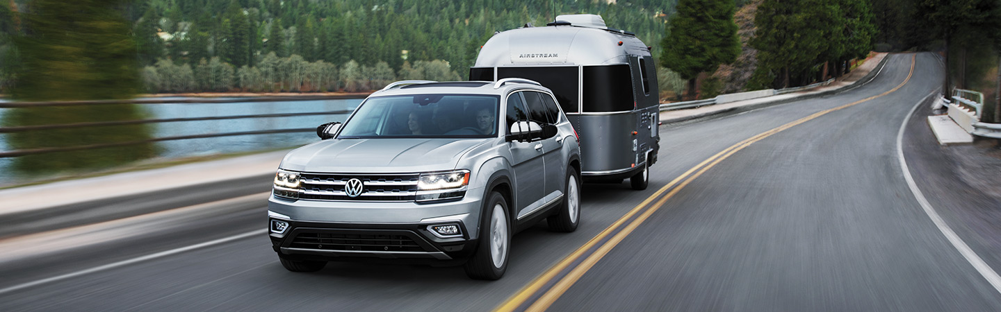 2019 Volkswagen Atlas towing capacity, available in Gainesville, FL