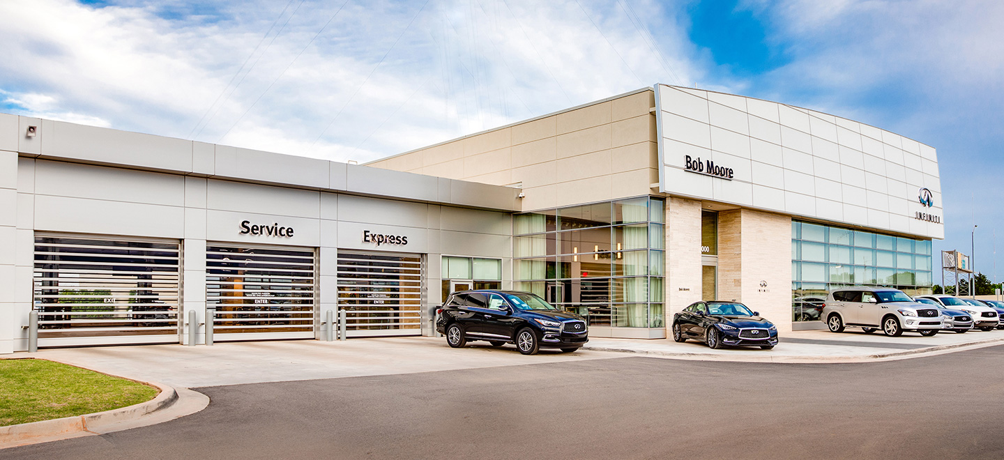 Bob Moore INFINITI offers affordable auto repair and oil change service.